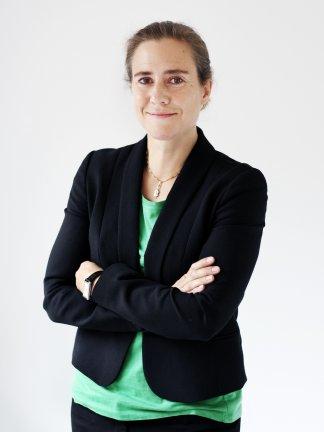 Louise  Holmer