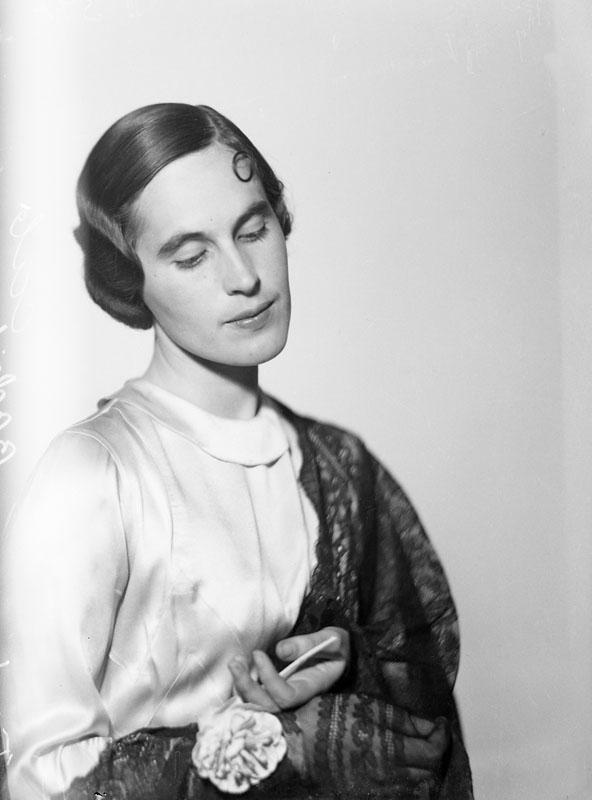 Ulla Bodorff. Fotograf: Jan de Meyere, (1879-1950), skapad 1925 - 1941, fotonummer JdM 308 (Stockholmskällan)