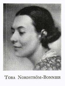 Tora Nordström-Bonnier, in Publicistklubbens porträttmatrikel 1936, p. 429