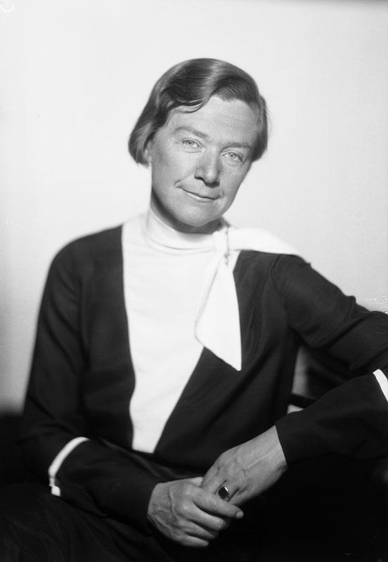 Fil.dr. Beth Hennings. Fotograf: Jan de Meyere, (1879-1950), skapad 1925-1941, fotonummer JdM 959 (Stockholmskällan)