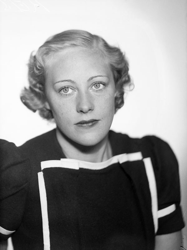 Karin Ekelund. Fotograf: Jan de Meyere, (1879-1950), skapad 1925-1941, fotonummer JdM 492 (Stockholmskällan)