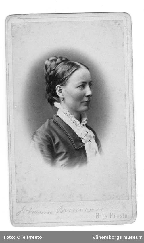 Johanna Brunsson. Fotograf: Olle Presto (Vänersborgs museum)