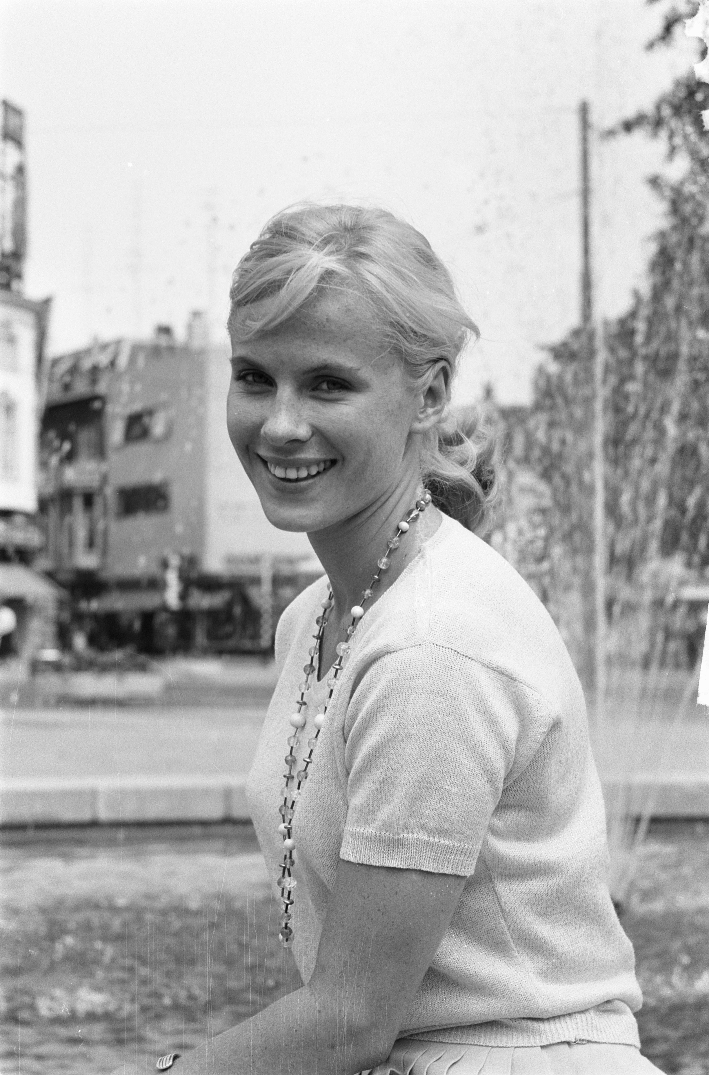 Bibi Andersson. Photo: Harry Pot, 1961. Image source: Nationaal Archief Fotocollectie Anefo (CC-BY-SA 3.0 nl)