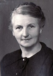 Hilda Andersson. Photographer and year unknown. Image source: Wikimedia Commons (lin208)