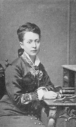 Hilma Angered-Strandberg. Fotograf och år okänt. Bildkälla: Wikimedia Commons