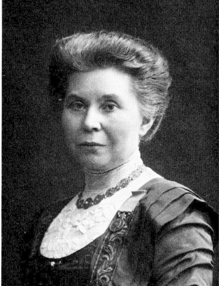 Cecilia Bååth-Holmberg. Photographer and year unknown. Image source: Wikimedia Commons (cropped)