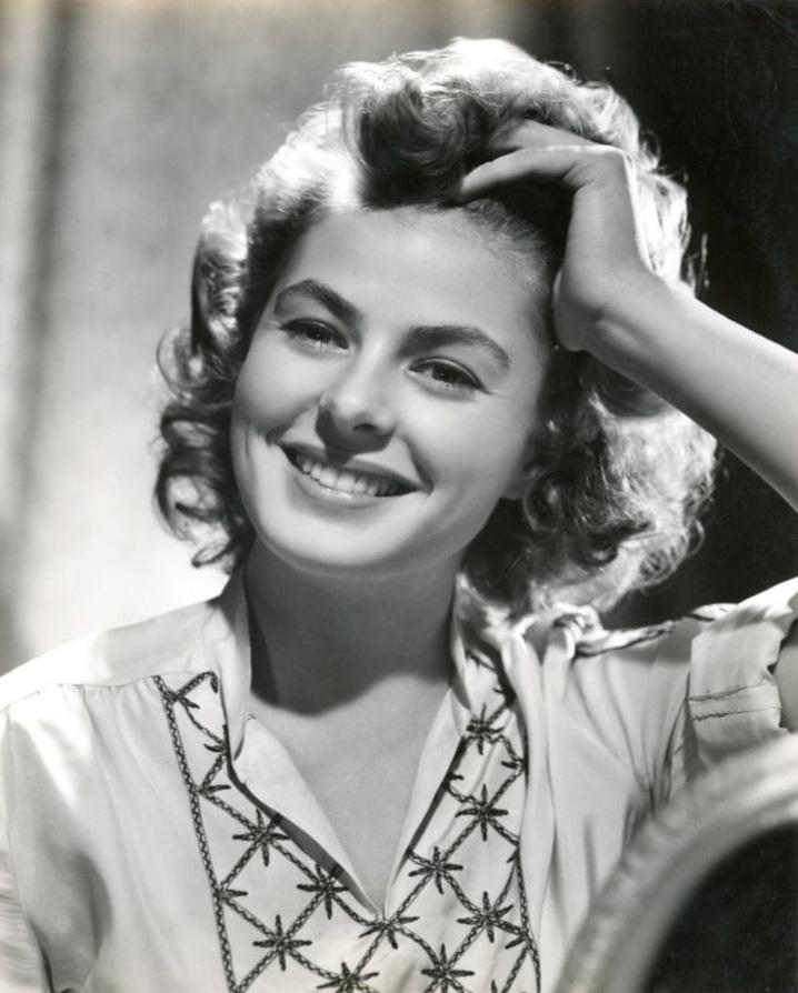 Ingrid Bergman, pressfoto för filmen Gaslight, 1944. Fotograf okänd. Bildkälla: Svenskt Porträttarkiv (CC-BY-NC-SA 4.0)