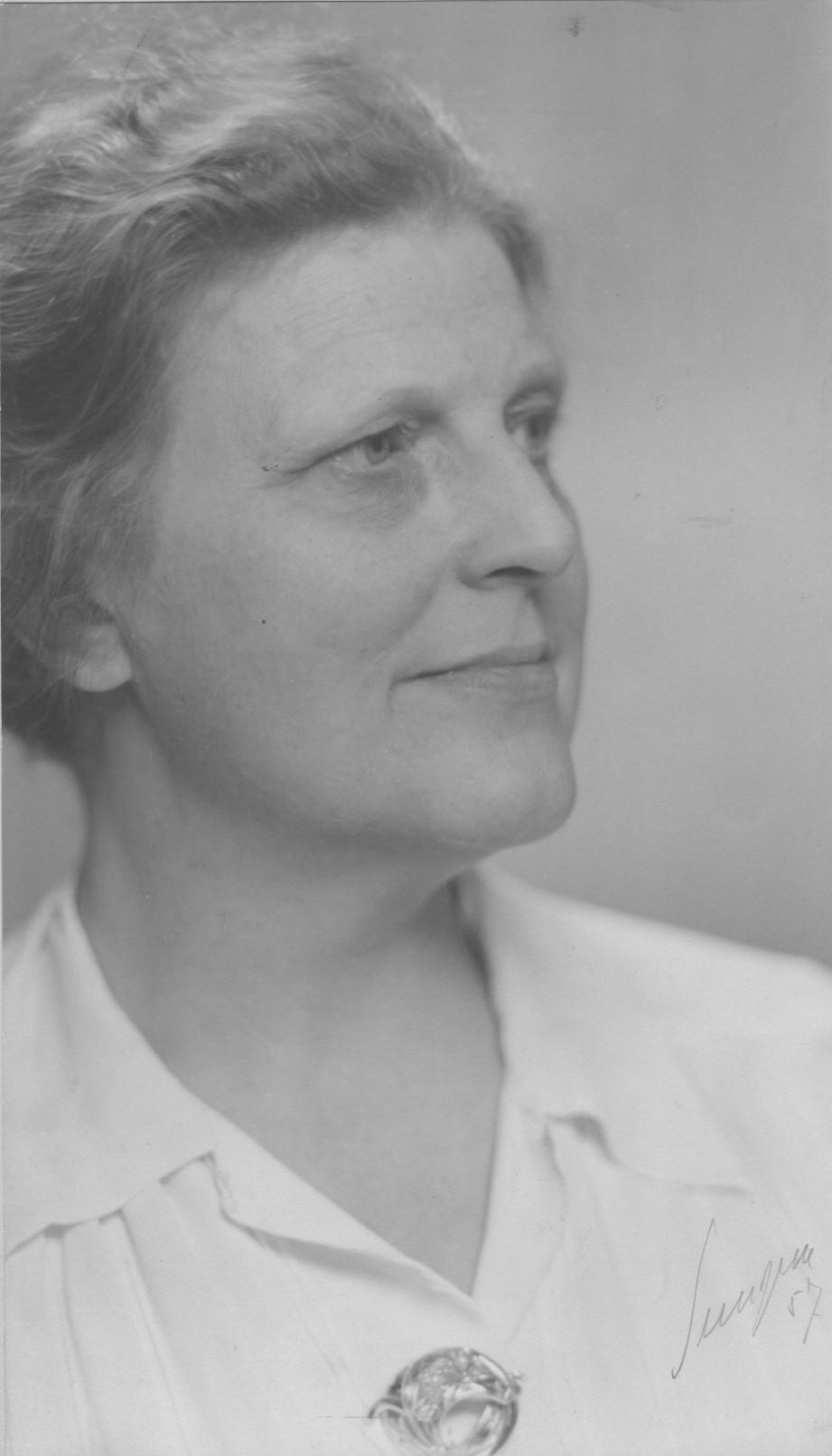 Anna Bohlin, family photo by Gunnar Sundgren (cropped)