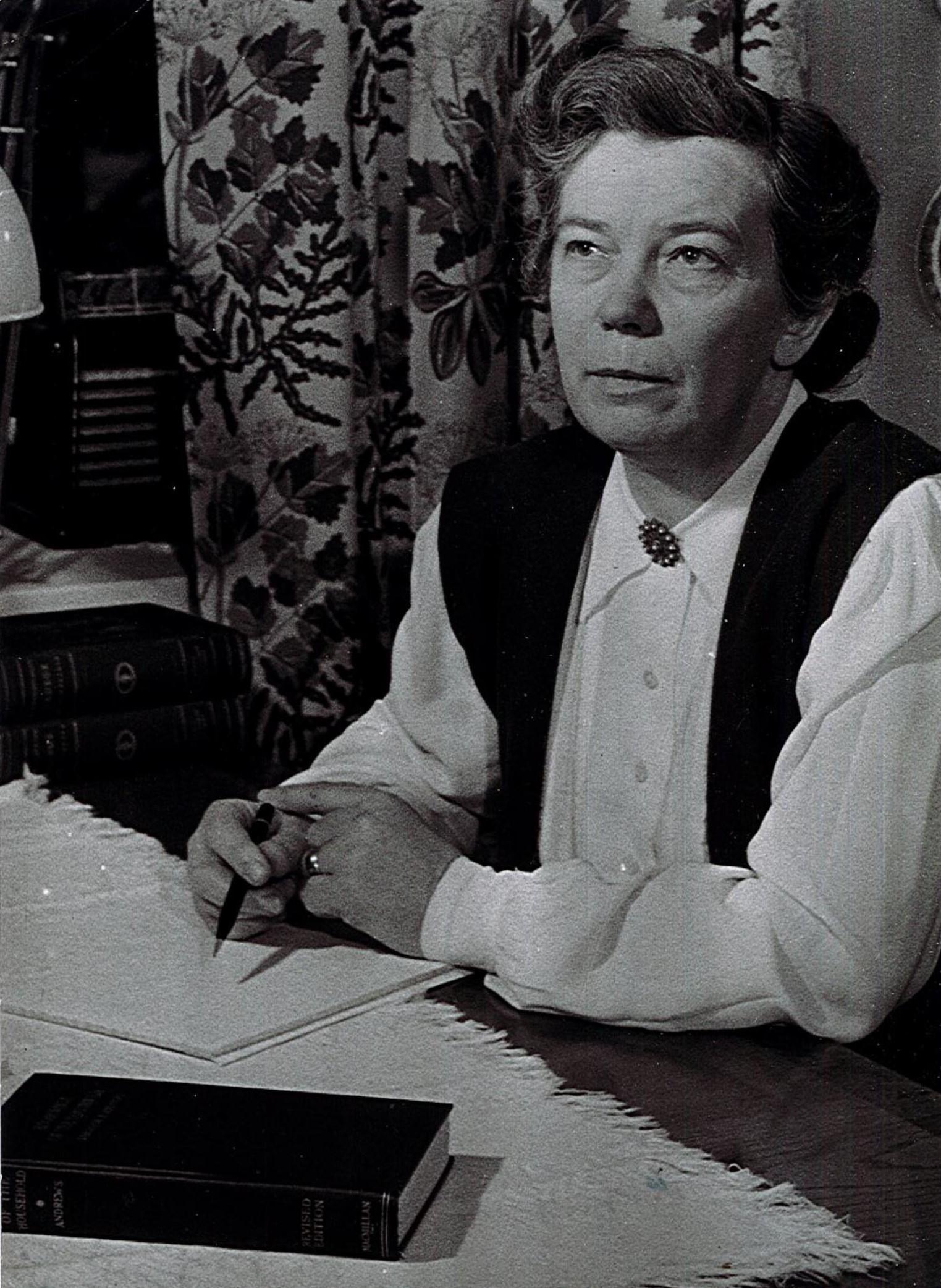 Kate Carpenter, circa 1950. Photo: Håwi Foto for ICA-Kuriren (privately owned image)
