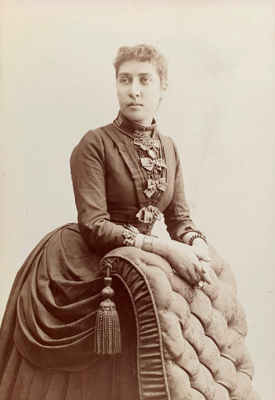 Anna Ekberg. Foto: Thure Appelblad (1858-?), år okänt. I privat ägo (får ej reproduceras)