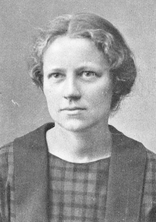 Maja Forsslund. Photographer and year unknown. Image source: Svenskt Porträttarkiv (CC-BY-SA 4.0)