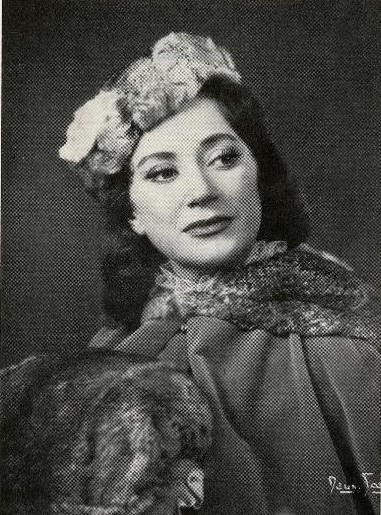 Gertrud Fridh in costume as Anna Karenina. Photo: Studio Deux Soeurs, year unknown (Göteborgs stadsmuseum, GTM:4664:7)