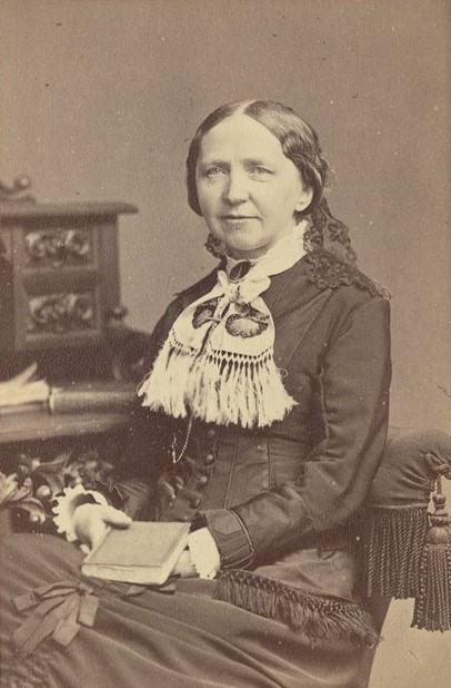 Eva Fryxell, year unknown. Photo: Selma Jacobsson (1841-1899). National Library of Sweden, Stockholm
