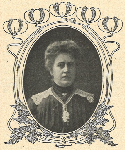 Bertha Hübner. Photograper and year unkown. Image source: Svenskt Porträttarkiv (CC-BY-NC-SA 4.0 – cropped)
