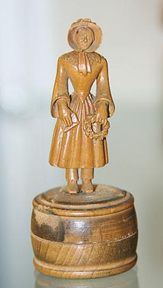Undated statuette depicting Sophia Isberg, made by the artist herself. Photographer unknown (Wikimedia Commons)