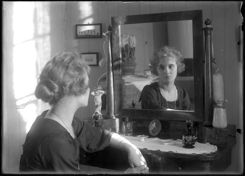 Mary Johnson, circa 1915. Photo: Atelier Jaeger, Stockholm (Musik- och teaterbiblioteket, NJ019)