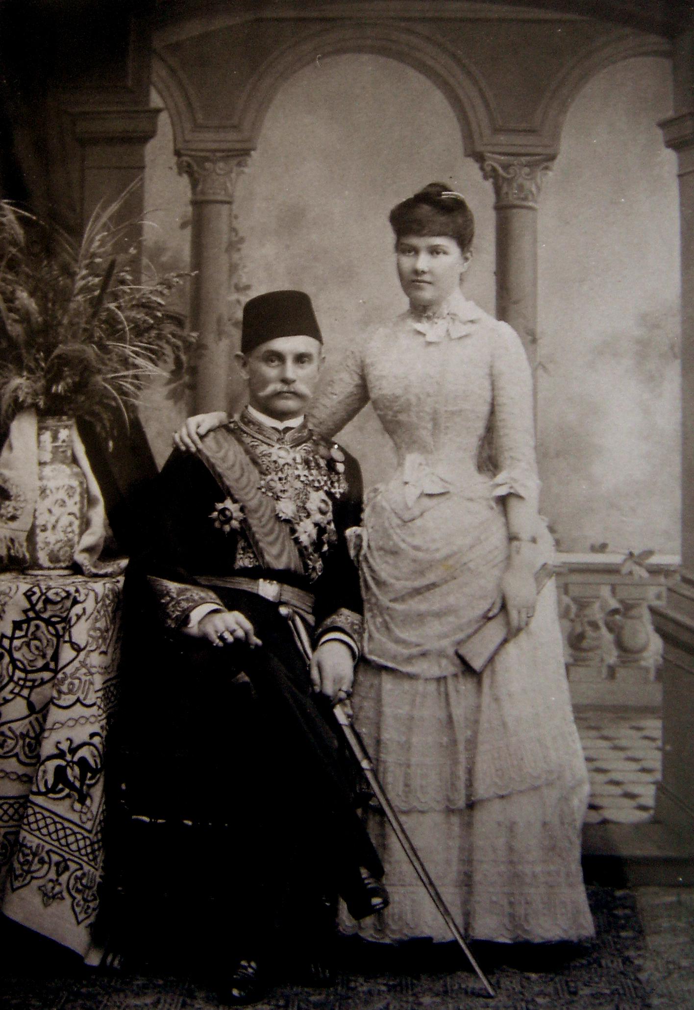 Mary Karadja with her husband, Jean Karadja Pasha. Photographer and year unknown (Wikimedia Commons, F3625)