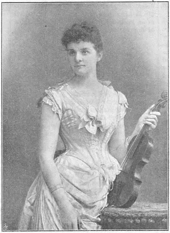Anna Lang-Wolseley in Idun nr 42, 1897. Photographer unknown (Gothenburg University Library)