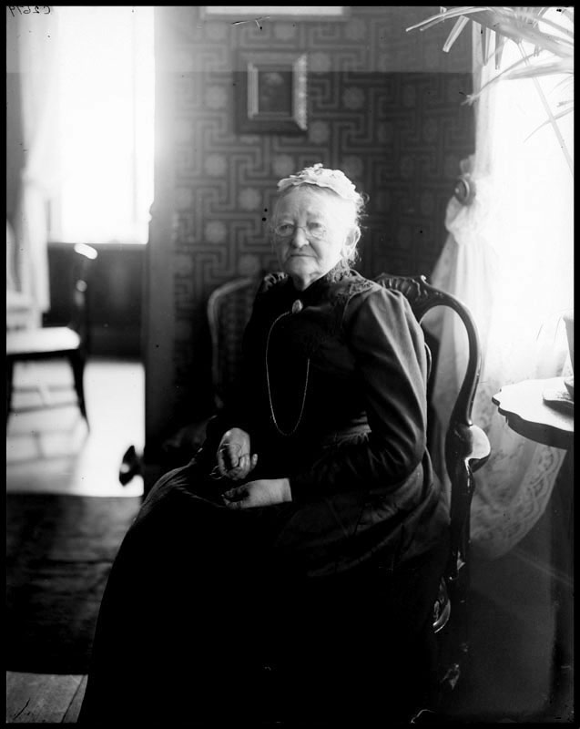 Mathilda Langlet. Photographer and year unknown (Stockholm City Museum, C2679)
