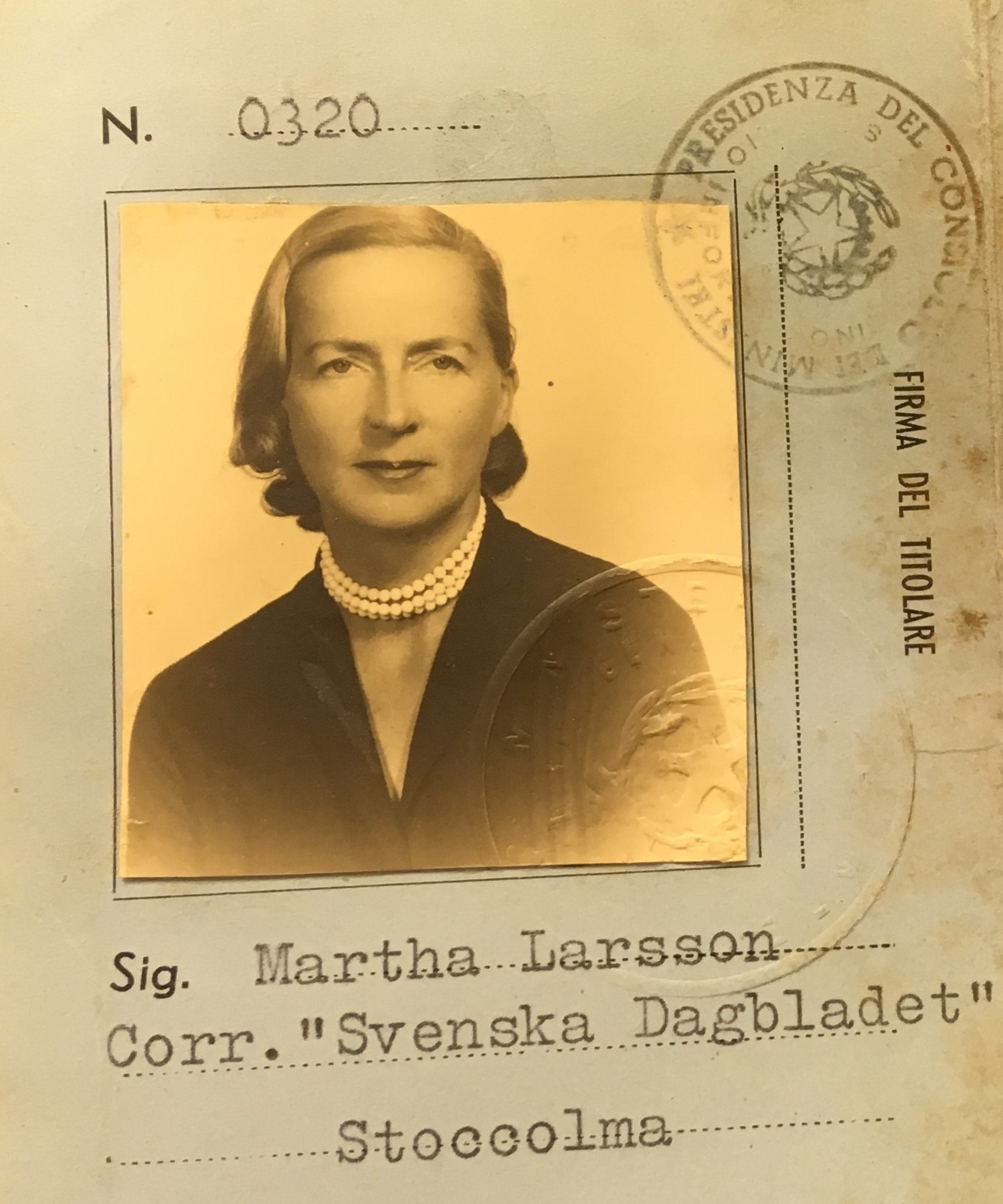 Detail of Martha Larsson's laissez-passier to Italy from 1956. Original stored in Martha Larssons archive at Lund University Libraries. Photo: Cecilia Rosengren
