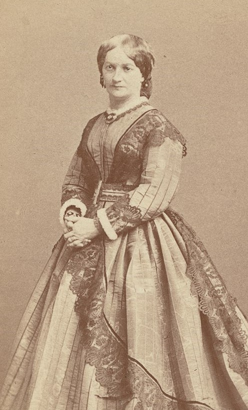 Fredrika Limnell. Photographer and year unknown. Image source: Svenskt Porträttarkiv (CC-BY-NC-SA 4.0 – cropped)