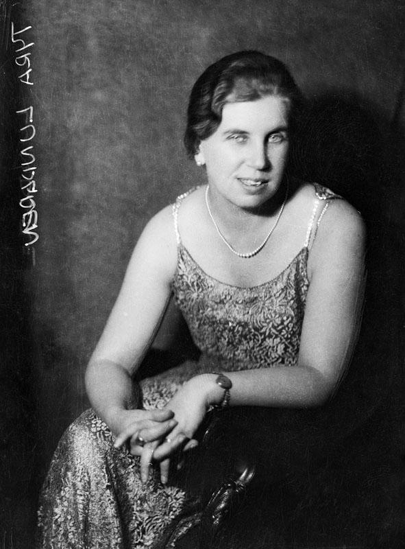 Tyra Lundgren, year unknown. Photo: Jan de Meyere (1879-1950). Stockholm City Museum (JdM1672)