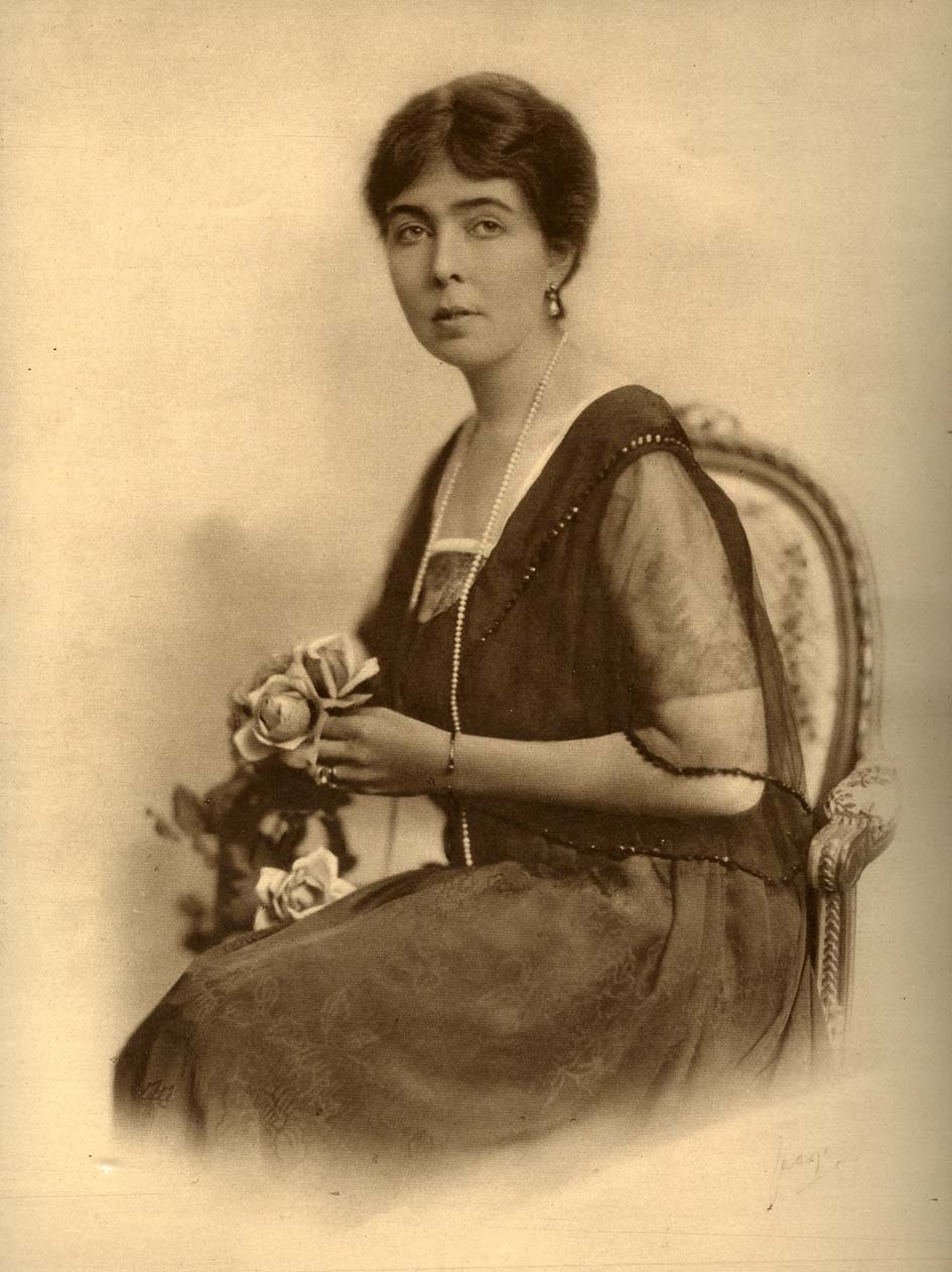 Kronprinsessan Margareta, cirka 1910-talet. Foto: Hofatelier Jaeger. Bildkälla: Wikimedia Commons