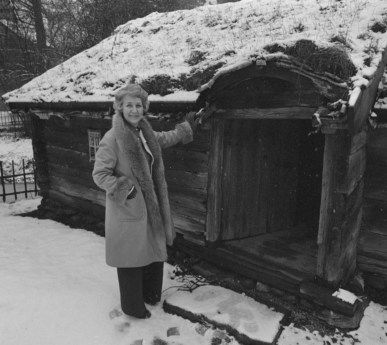 Eva Nordenson at Kulturhistoriska museet, Lund, 1978. Photo: Firma Hagblom-Foto (Lund University Library)