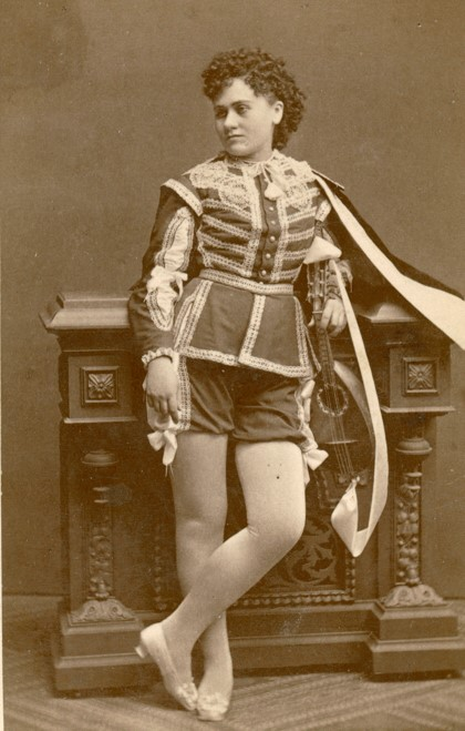Carolina Östberg in costume as Carlo Broschi in La part du diable, 1874. Photographer unknown. Image source: Svenskt Porträttarkiv (CC-BY-NC-SA 4.0 - cropped)
