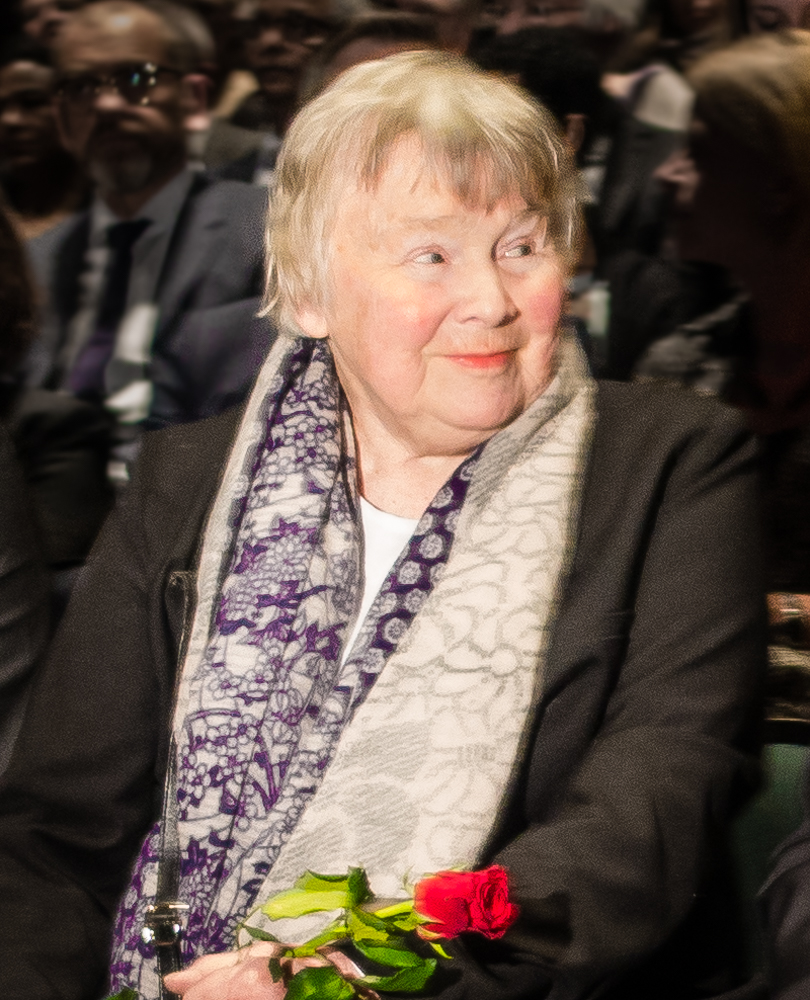 Lisbeth Palme at a commemoration 30 years after the murder of Olof Palme at Kulturhuset, Stockholm, 2016. Photographer: Frankie Fouganthin. Image source: Wikimedia Commons