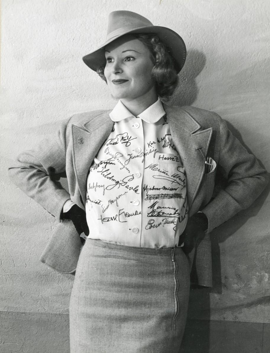 Margit Rosengren, cirka 1940. Photo: Kerstin Bernhard (Nordiska museet, NMA.0094338)
