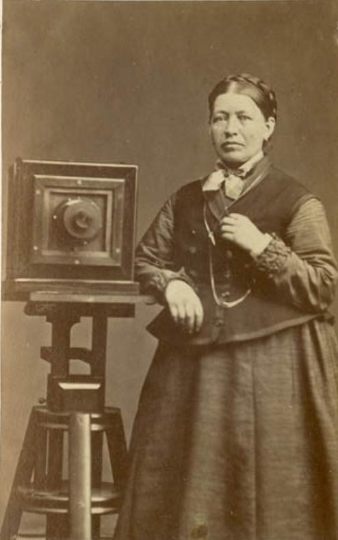 Josefina Rydholm. Self-portrait, year unknown (Bohusläns museum)