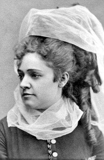 Anna Sofia Sevelin, cirka 1840. Foto: Carl Lundelius (1829-1908). Västergötlands museum (1M16-B145033:4977)