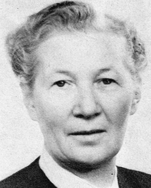 Helga Sjöstrand. Fotograf och år okänt. Bildkälla: Svenskt Porträttarkiv (CC-BY-SA 4.0)