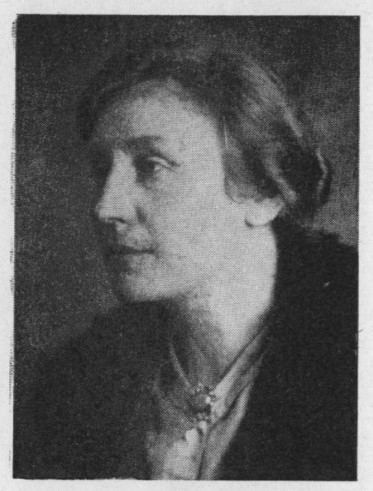 Lydia Skottsberg. Photographer and year unknown. Image source: Svenskt Porträttarkiv (CC-BY-NC-SA 4.0 - cropped)