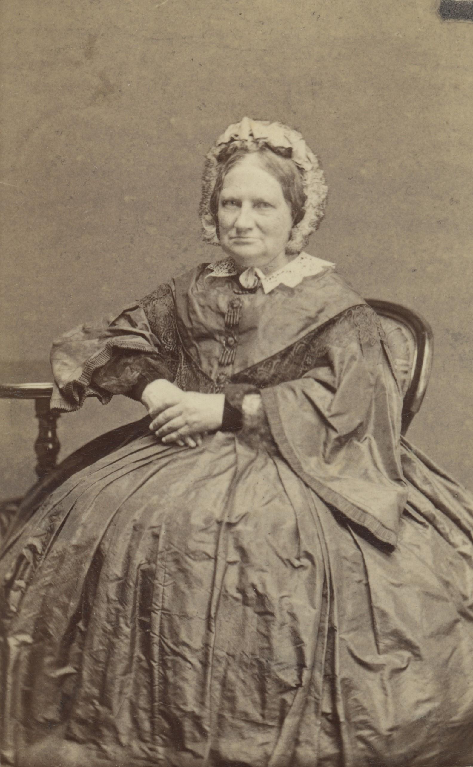 Ulrika von Strussenfelt. Photographer and year unknown (Östergötlands museum, OM.A.012954.0004)