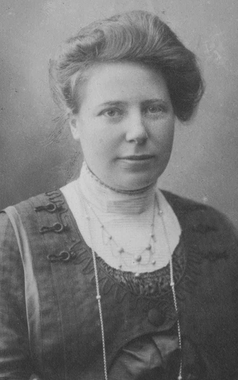 Elin Sundberg, cirka 1910-tal. Fotograf okänd (Elin Sundbergs Stiftelses arkiv)