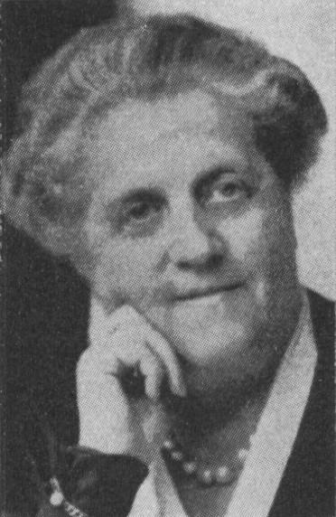 Julia Svedelius. Photographer and year unknown. Image source: Svenskt Porträttarkiv (CC-BY-SA 4.0)