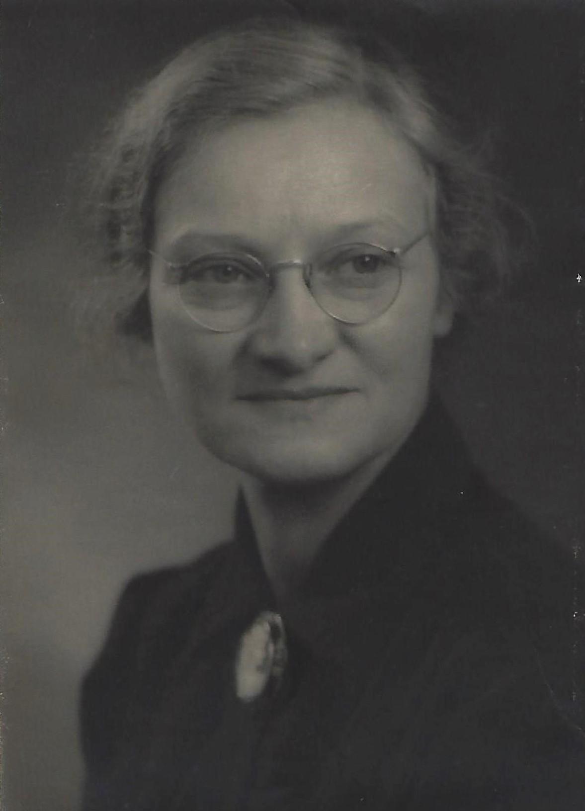 Ingeborg Thorin. Fotograf och år okänt (bild i privat ägo)