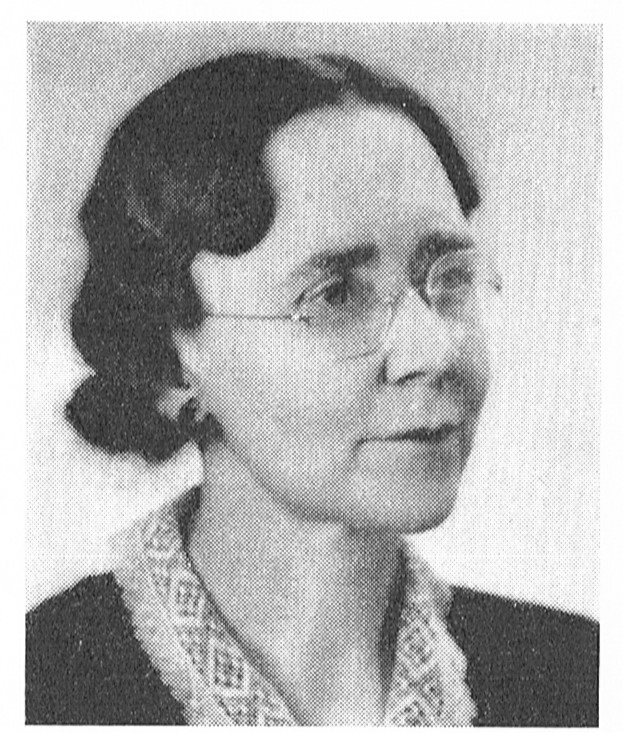Signe Wranér. Photographer and year unknown. Image source: Svenskt Porträttarkiv (CC-BY-NC-SA 4.0 - cropped)