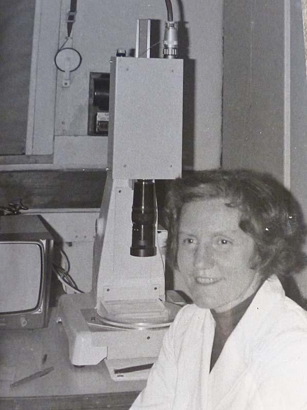 Lore Zech, circa 1968. Photographer unknown (Wikimedia Commons, ClaudiaDevon)