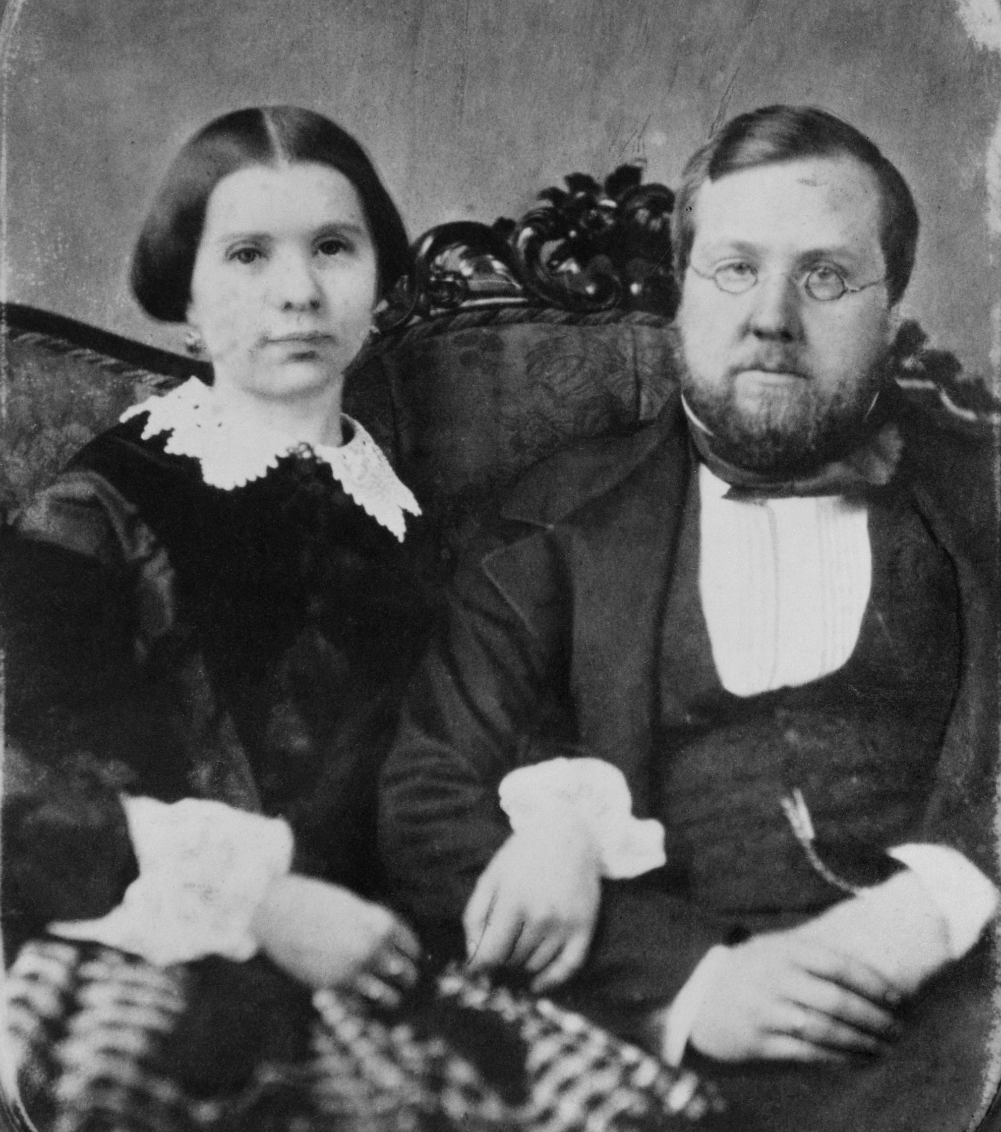 Lotten von Düben and her husband Gustaf, circa 1857-1862. Photographer unknown (Nordiska museet, NMA.0052126)