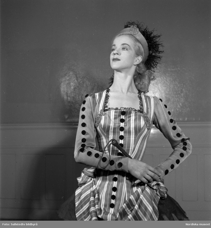 Elsa Marianne von Rosen i Birgit Cullbergs uppsättning av Fröken Julie på Södra Teatern, 1950. Foto: Sallstedts bildbyrå (Nordiska museet, NMA.0080450)